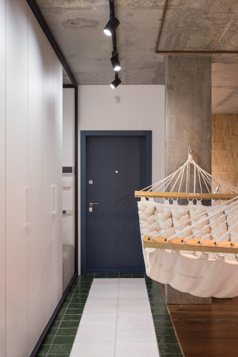 Фотография: Прихожая в стиле Лофт, Квартира, Проект недели, Киев, новостройка, Монолитный дом, 2 комнаты, 60-90 метров – фото на INMYROOM