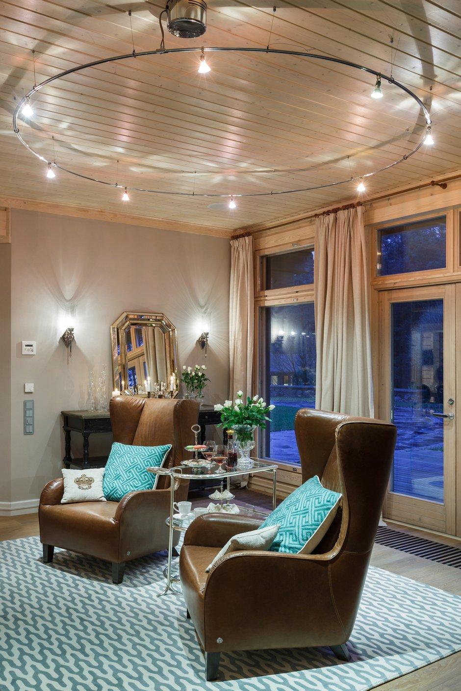 Фотография: Мебель и свет в стиле Эклектика, Классический, Дом, Дома и квартиры, Проект недели, Дача – фото на INMYROOM
