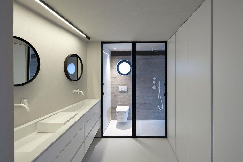 Фотография: Ванная в стиле Скандинавский, Современный, Дом, Дома и квартиры – фото на INMYROOM