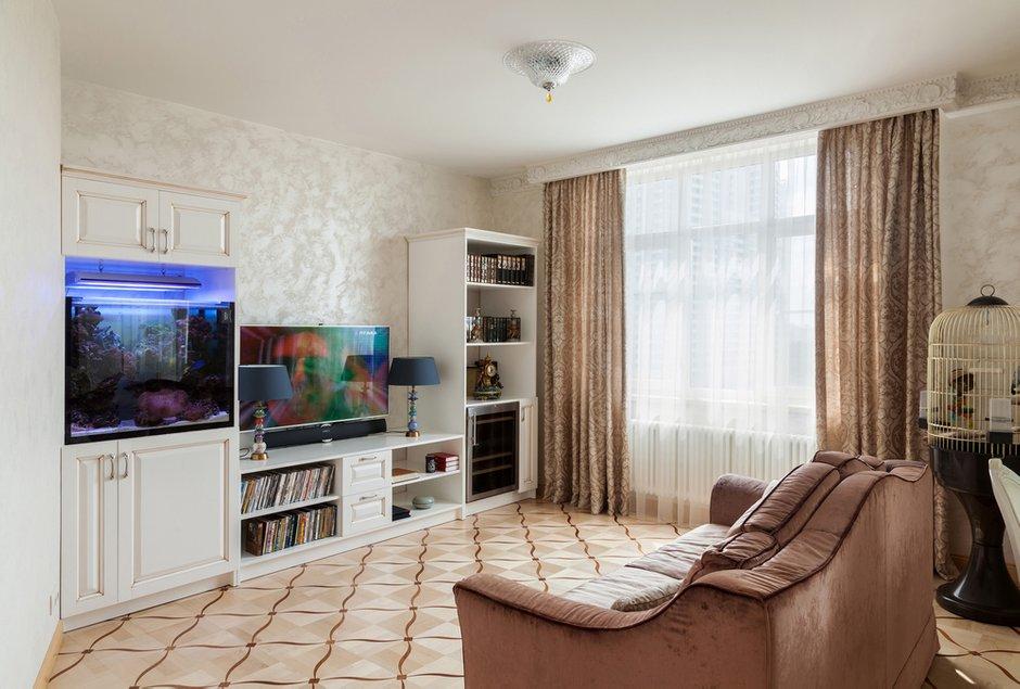 Фотография: Гостиная в стиле Классический, Квартира, Дома и квартиры, Проект недели, Москва – фото на INMYROOM