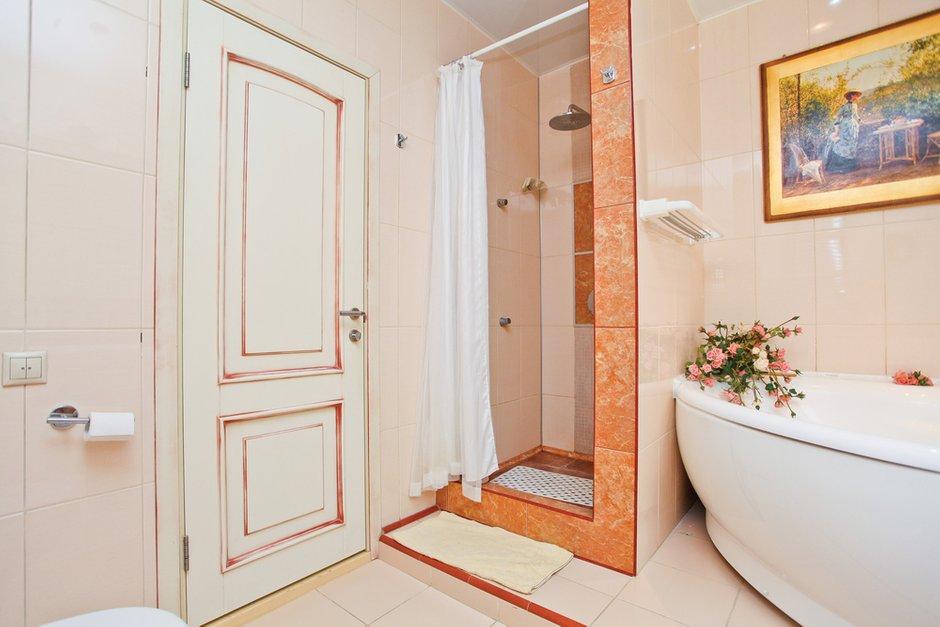 Фотография: Ванная в стиле Прованс и Кантри, Квартира, Дома и квартиры – фото на INMYROOM