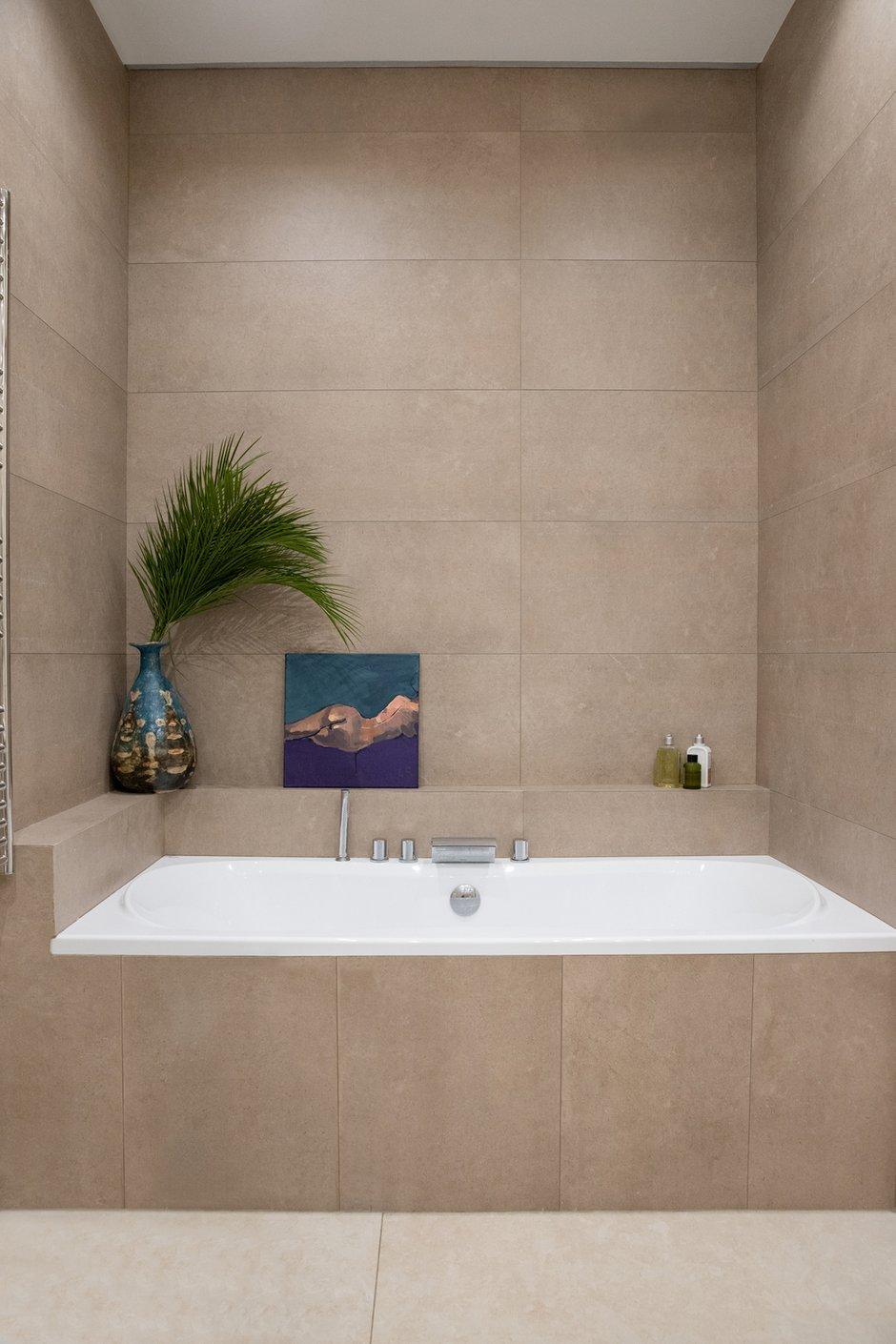 Фотография: Ванная в стиле Современный, Квартира, Проект недели, Москва, 3 комнаты, 60-90 метров, Более 90 метров, Own Design – фото на INMYROOM