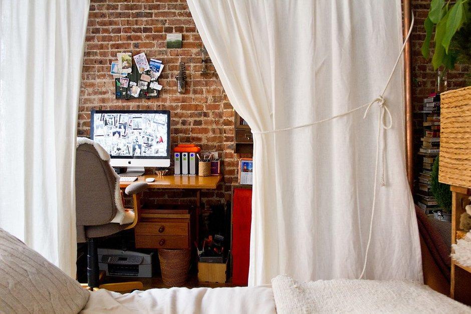 Фотография: Спальня в стиле Лофт, DIY, Малогабаритная квартира, Квартира, Дома и квартиры – фото на INMYROOM
