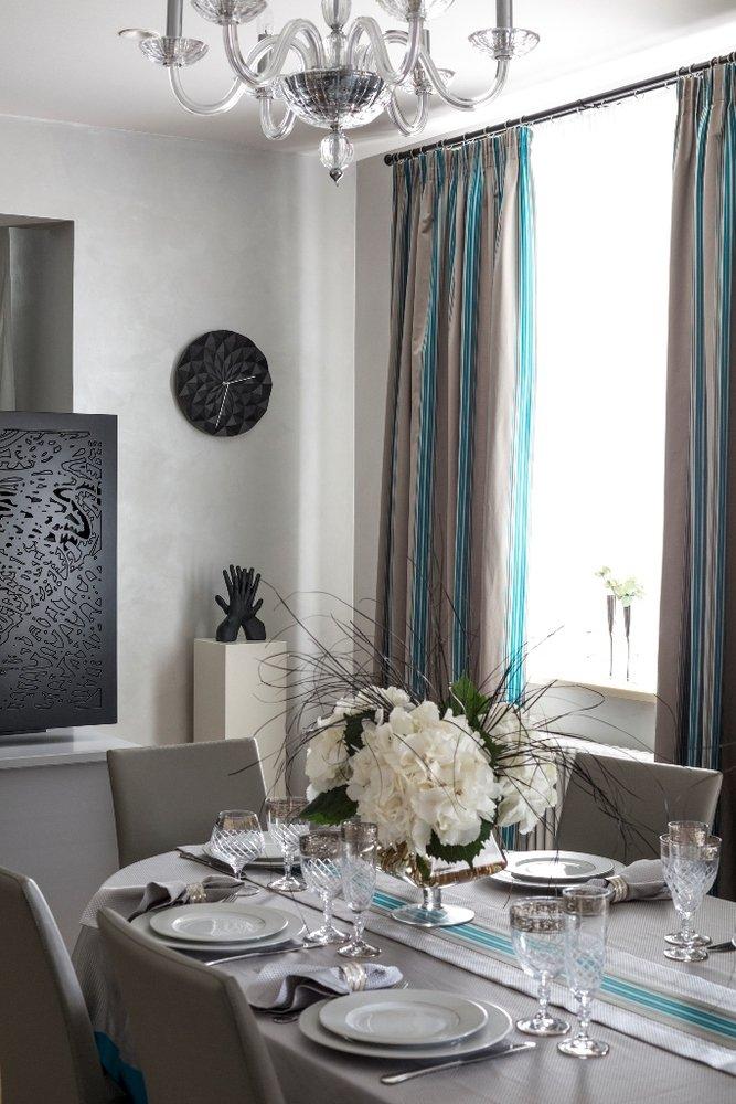 Фотография:  в стиле , Классический, Квартира, Мебель и свет, Проект недели – фото на INMYROOM