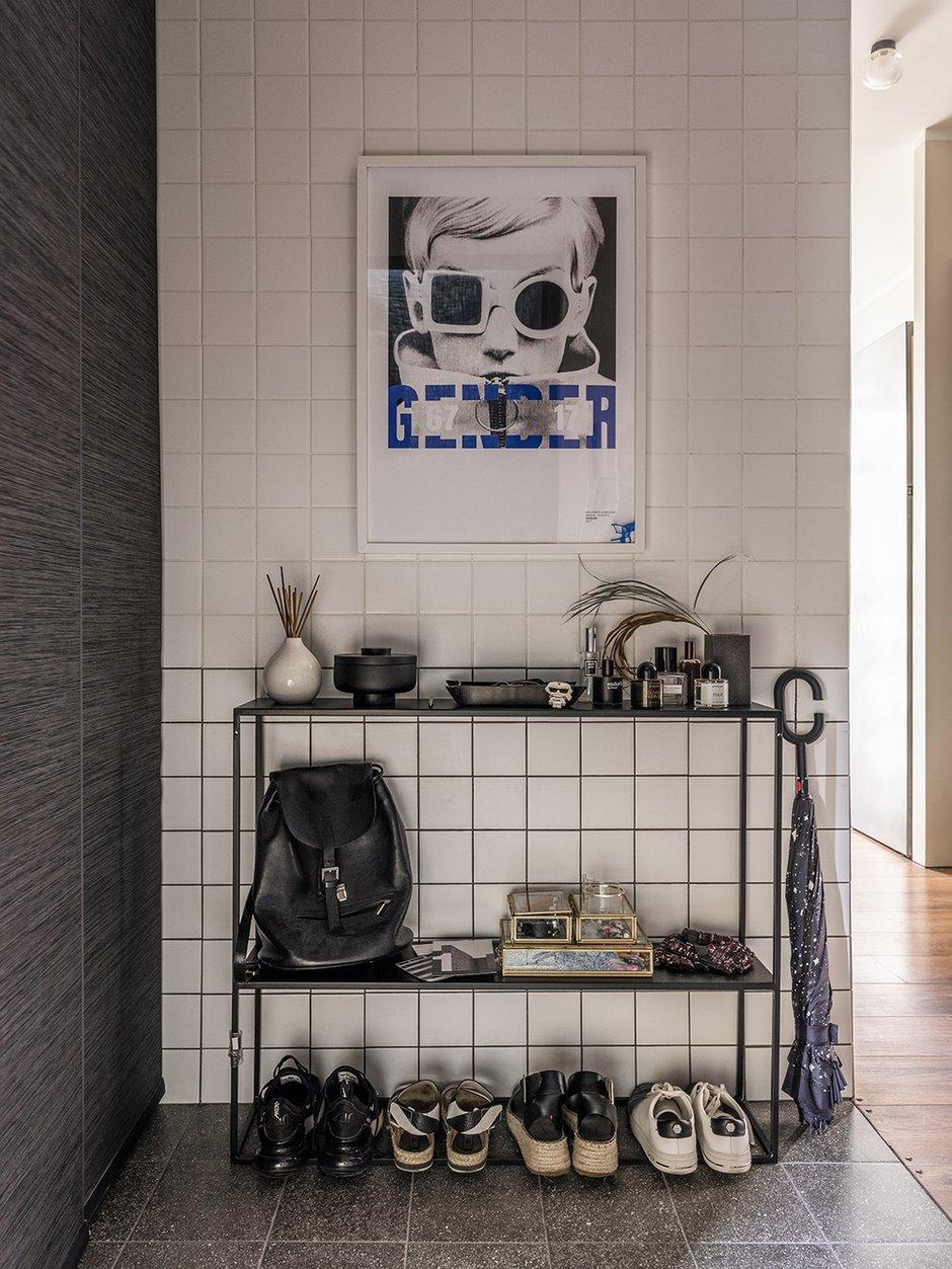 Фотография: Прихожая в стиле Лофт, Эклектика, Квартира, Проект недели, Москва, Виктория Золина, Zi-Design Interiors, П-44, Панельный дом, 1 комната, до 40 метров, ПРЕМИЯ INMYROOM – фото на INMYROOM