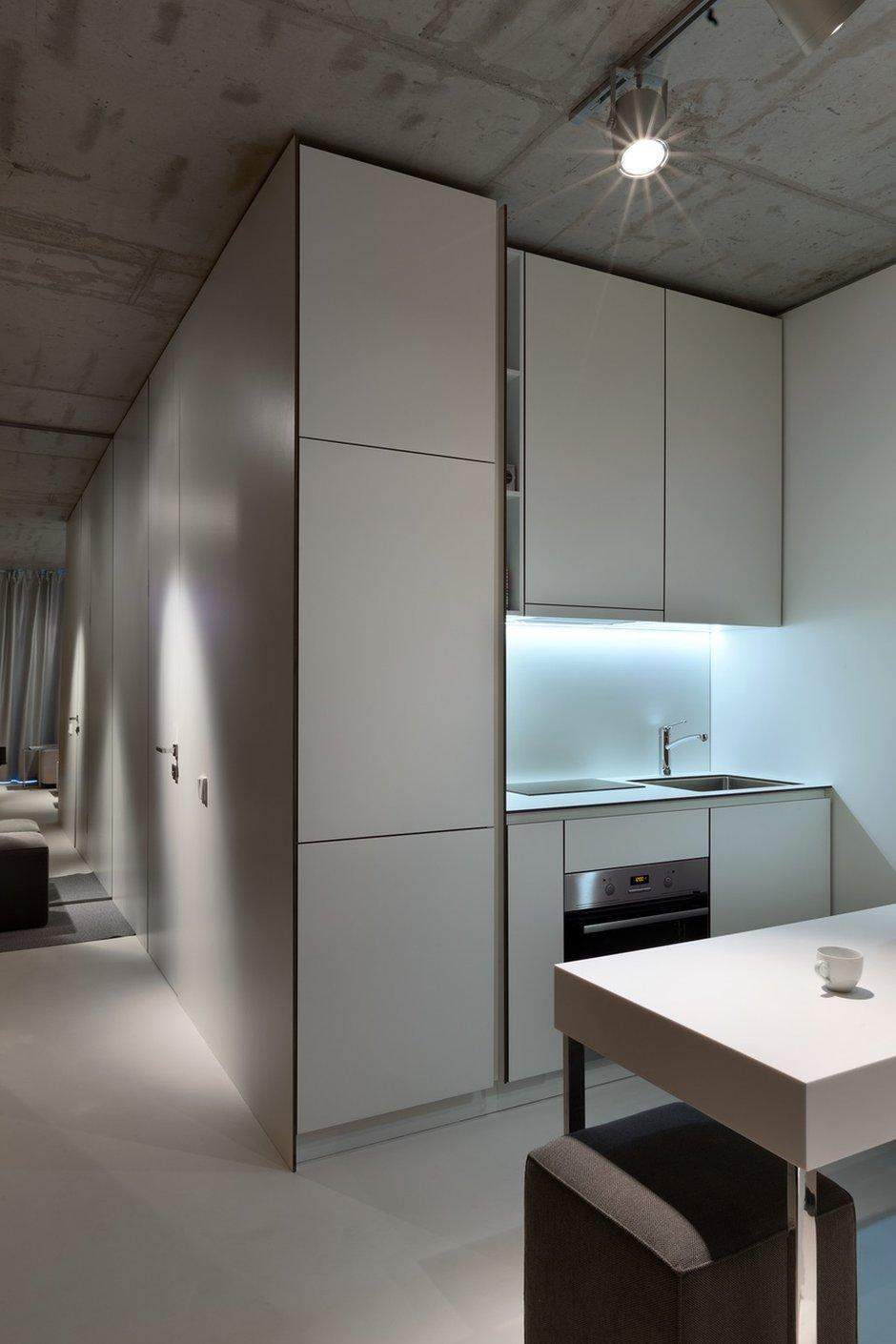 Фотография: Кухня и столовая в стиле Лофт, Малогабаритная квартира, Квартира, Украина, Дома и квартиры – фото на INMYROOM