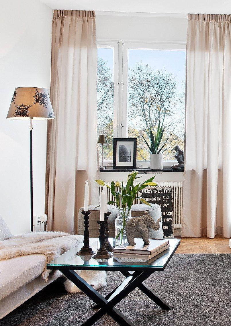 Фотография: Гостиная в стиле Скандинавский, Современный, Малогабаритная квартира, Квартира, Цвет в интерьере, Дома и квартиры, Белый, Гетеборг – фото на INMYROOM