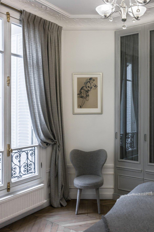 Фотография: Спальня в стиле Прованс и Кантри, Классический, Квартира, Антиквариат, Белый, Проект недели, Париж, Бежевый, ИКЕА, антикварная мебель в интерьере, Более 90 метров, #эксклюзивныепроекты, Катя Гердт – фото на INMYROOM