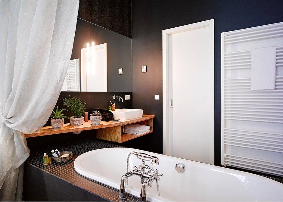Фотография: Ванная в стиле Современный, Восточный, Квартира, Германия, Дома и квартиры – фото на INMYROOM