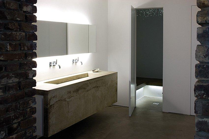 Фотография: Ванная в стиле Современный, Лофт, Декор интерьера, Дом, Дома и квартиры, Архитектурные объекты – фото на INMYROOM