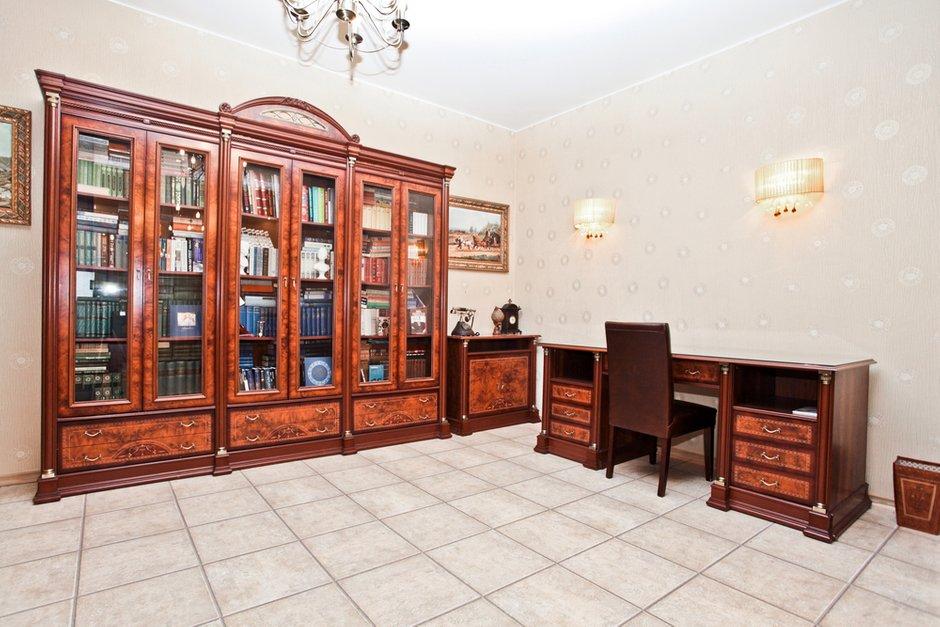 Фотография: Офис в стиле Классический, Современный, Дом, Дома и квартиры – фото на INMYROOM