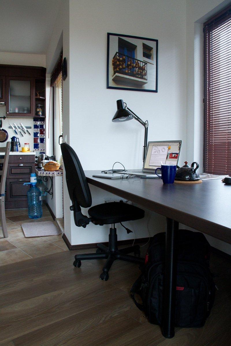 Фотография: Офис в стиле , Декор интерьера, Квартира, Цвет в интерьере, Дома и квартиры, Стены – фото на INMYROOM