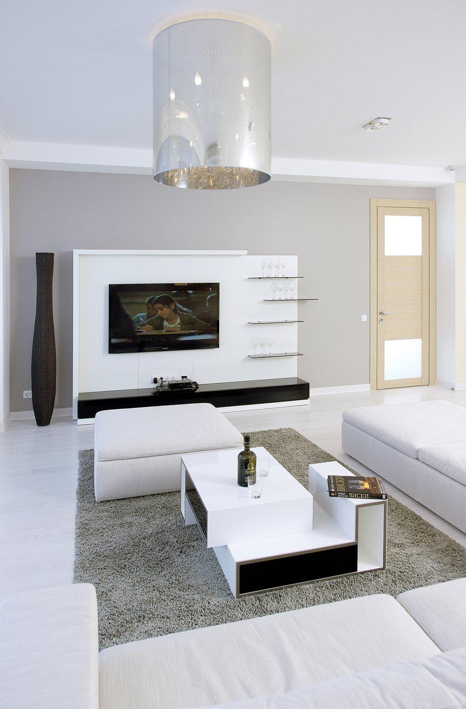 Фотография: Гостиная в стиле Современный, Квартира, Цвет в интерьере, Дома и квартиры, Белый, Минимализм – фото на INMYROOM