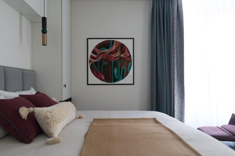 Фотография: Спальня в стиле Современный, Квартира, Проект недели, Санкт-Петербург, 2 комнаты, 40-60 метров, Олеся Соловьева, Александра Чхетиани – фото на INMYROOM