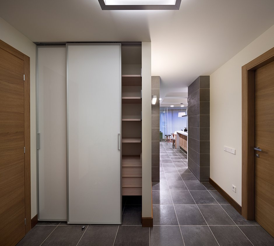 Фотография:  в стиле Современный, Декор интерьера, Квартира, Normann Copenhagen, Vitra, Дома и квартиры, Проект недели, SLV – фото на INMYROOM