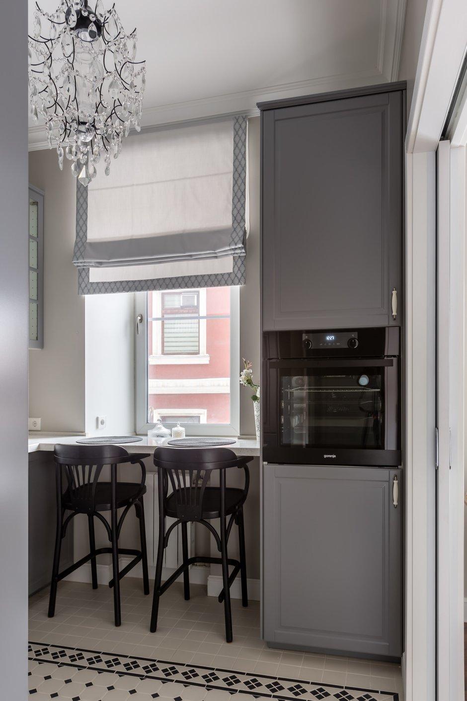 Фотография: Кухня и столовая в стиле Классический, Квартира, Проект недели, Москва, 2 комнаты, 60-90 метров, Muzahouse – фото на INMYROOM