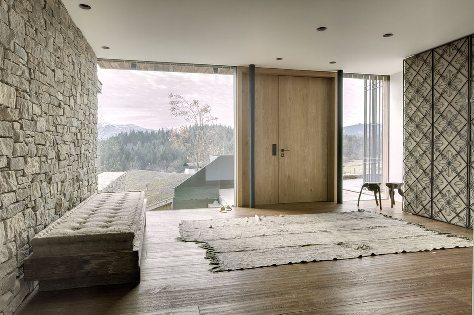 Фотография: Прихожая в стиле Современный, Дом, Дома и квартиры – фото на INMYROOM