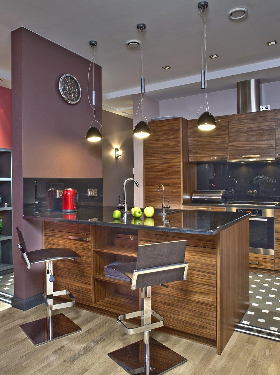 Фотография: Кухня и столовая в стиле Хай-тек, Квартира, Дома и квартиры, Проект недели – фото на INMYROOM