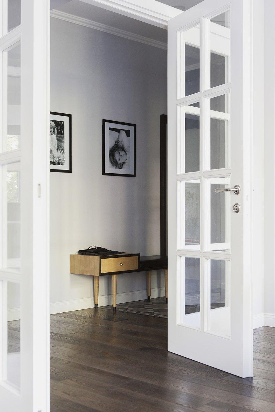 Фотография: Прихожая в стиле Современный, Квартира, Проект недели, Москва, Кирпичный дом, Катя Алагич, Илья Гульянц, El Born Studio, дом серии II-14 – фото на INMYROOM