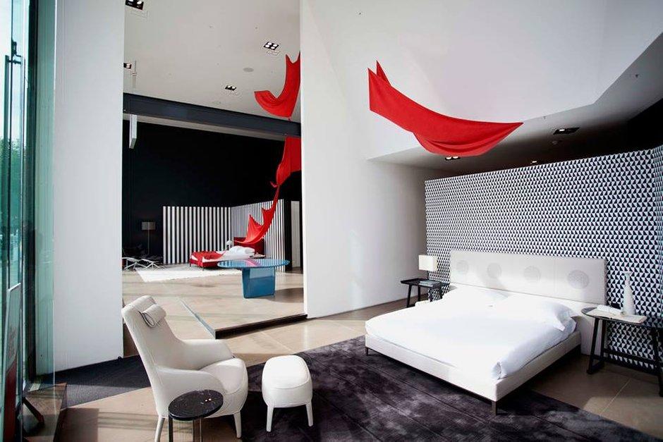 Фотография: Спальня в стиле Классический, Скандинавский, Современный, Эклектика, Индустрия, События, Лондон, B&B Italia – фото на INMYROOM