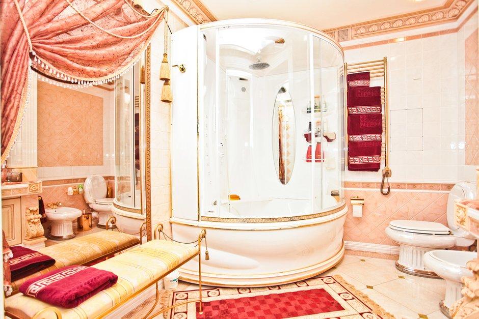 Фотография: Ванная в стиле Классический, Современный, Квартира, Дома и квартиры, Роспись – фото на INMYROOM