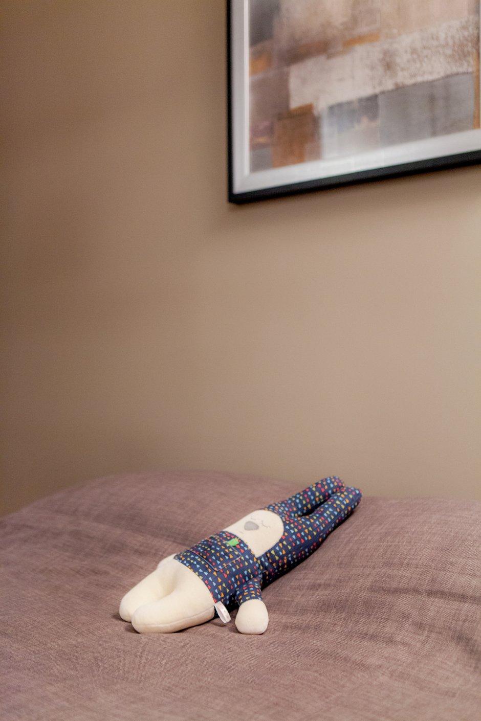 Фотография: Спальня в стиле Современный, Лофт, Квартира, Студия, Проект недели, Красный, Коричневый – фото на INMYROOM