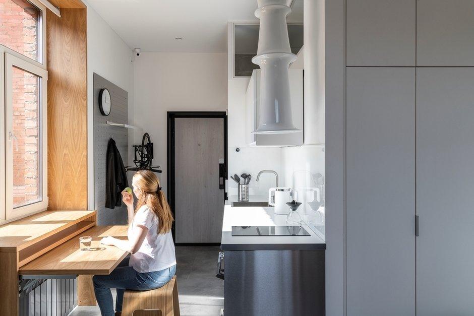 Фотография: Кухня и столовая в стиле Минимализм, Малогабаритная квартира, Квартира, Студия, Проект недели, Москва, до 40 метров, Марина Пахомова – фото на INMYROOM