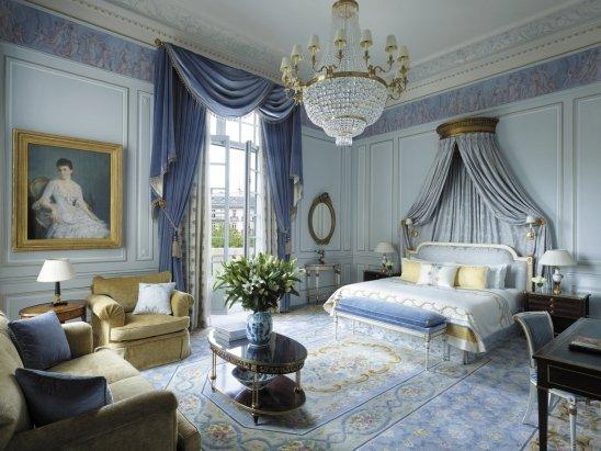 Фотография: Спальня в стиле Классический, Дома и квартиры, Городские места, Отель, Проект недели – фото на InMyRoom.ru