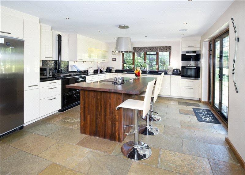Фотография: Кухня и столовая в стиле Лофт, Современный, Дом, Дома и квартиры – фото на INMYROOM