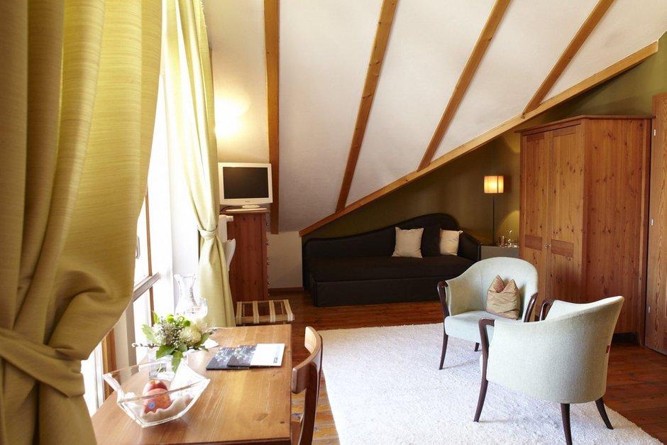 Фотография: Гостиная в стиле , Дом, Мансарда – фото на InMyRoom.ru