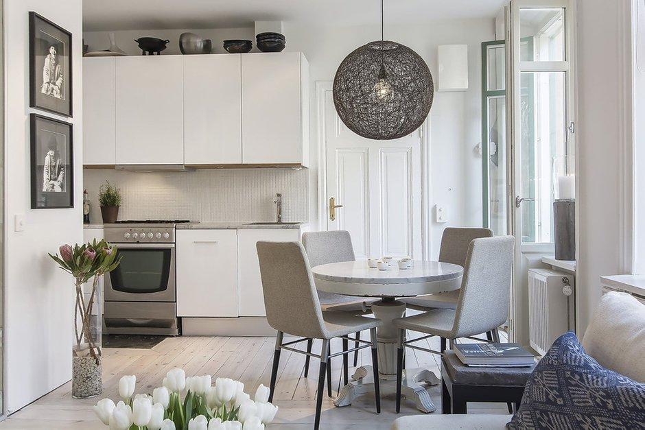 Фотография: Кухня и столовая в стиле Скандинавский, Спальня, Малогабаритная квартира, Квартира, Дома и квартиры – фото на INMYROOM