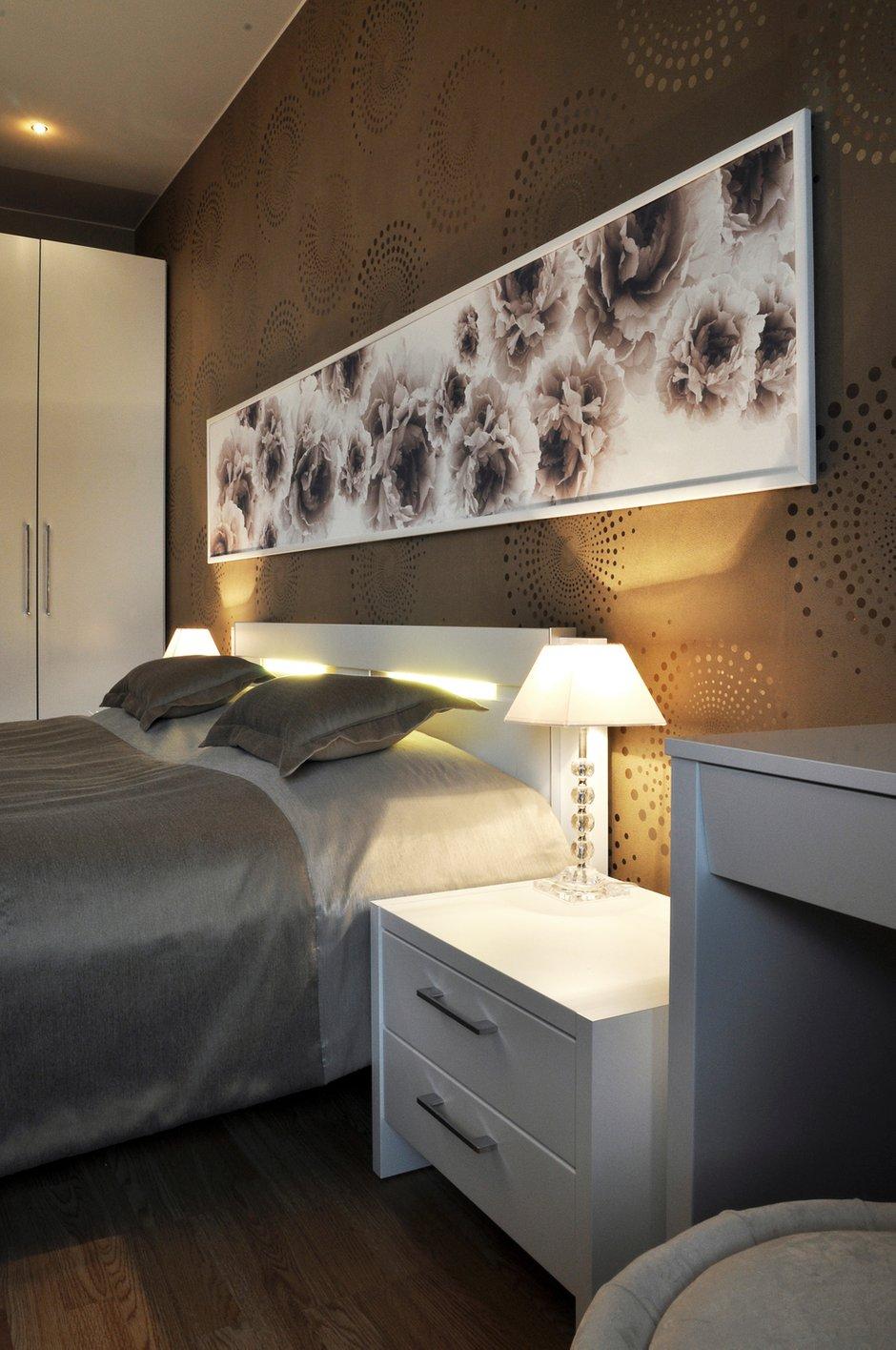 Фотография: Спальня в стиле Восточный, Малогабаритная квартира, Квартира, Цвет в интерьере, Дома и квартиры, Белый, Переделка – фото на INMYROOM