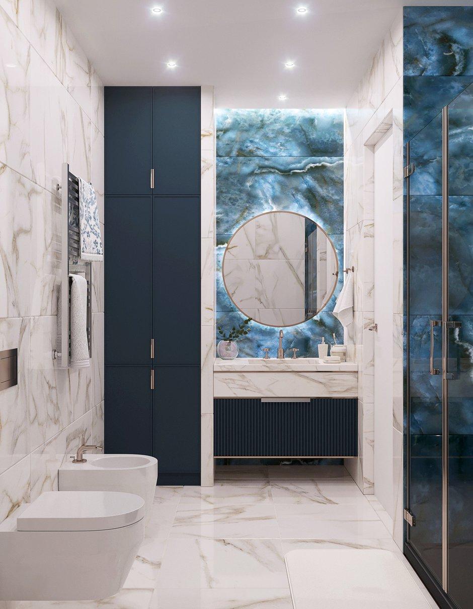 В ванной использовали керамогранит из коллекции «Ониче» от Kerama Marazzi, в который заказчик влюбился с первого взгляда. Тумба с раковиной запланирована из мрамора.