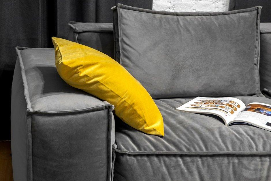 Фотография: Гостиная в стиле Лофт, Квартира, Проект недели, Санкт-Петербург, Кирпичный дом, 2 комнаты, 40-60 метров, Bobo.space – фото на INMYROOM