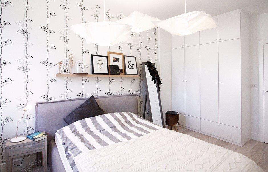 Фотография: Спальня в стиле Скандинавский, Квартира, Цвет в интерьере, Дома и квартиры, Перепланировка – фото на INMYROOM