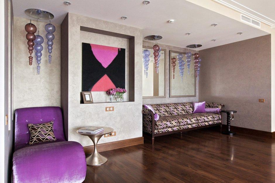 Фотография: Гостиная в стиле , Квартира, Италия, Дома и квартиры, Пентхаус, Люстра, Ар-деко – фото на INMYROOM