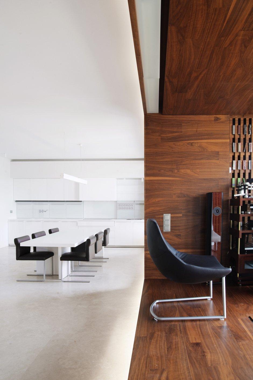 Фотография: Кухня и столовая в стиле Современный, Квартира, Дома и квартиры, Минимализм – фото на INMYROOM