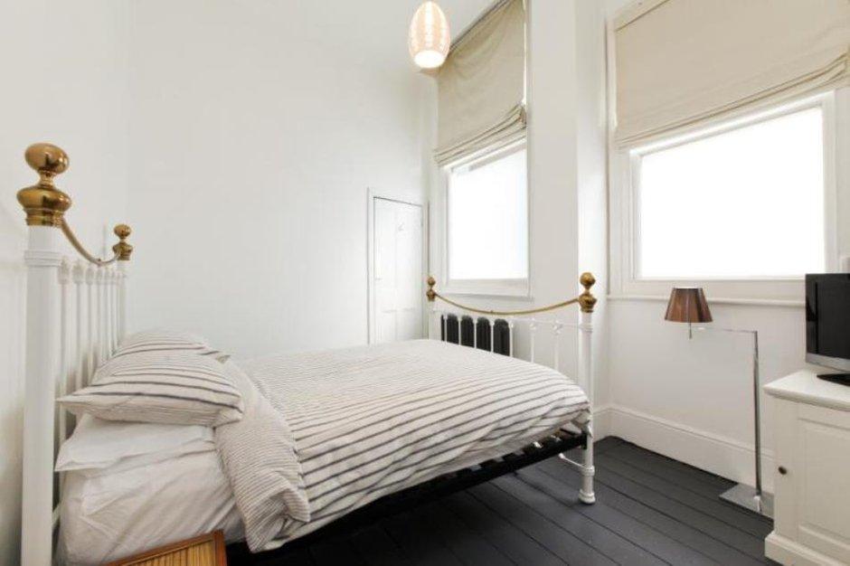 Фотография: Спальня в стиле Скандинавский, Современный, Эклектика, Дом, Цвет в интерьере, Дома и квартиры, Белый, Лондон – фото на INMYROOM