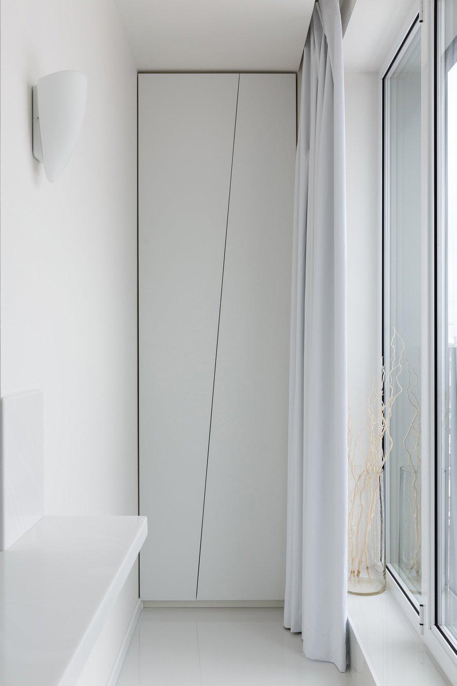 Фотография: Кабинет в стиле Современный, Минимализм, Хай-тек, Квартира, Проект недели, Санкт-Петербург, 2 комнаты, 60-90 метров, Ирина Халезова – фото на INMYROOM