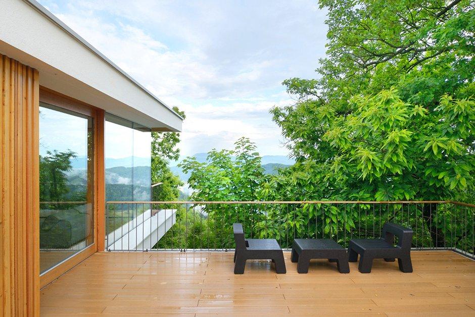 Фотография: Балкон, Терраса в стиле Современный, Декор интерьера, Дом, Словения, Дома и квартиры, Архитектурные объекты – фото на INMYROOM