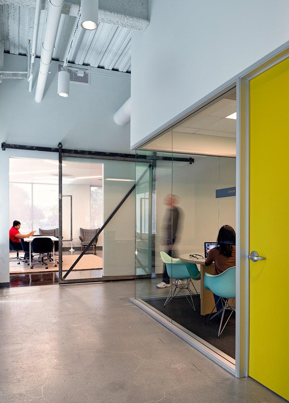 Фотография: Офис в стиле Лофт, Современный, Декор интерьера, Офисное пространство, Дома и квартиры, Проект недели, Калифорния – фото на INMYROOM