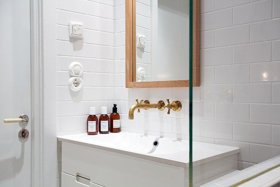 Фотография: Ванная в стиле Современный, Скандинавский, Малогабаритная квартира, Квартира, Дома и квартиры, Стокгольм – фото на INMYROOM