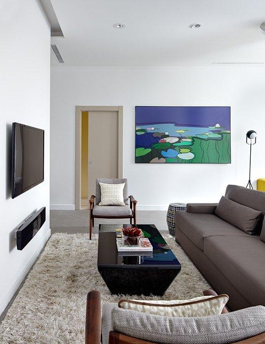 Фотография: Гостиная в стиле Хай-тек, Восточный, Квартира, BoConcept, Дома и квартиры, Проект недели – фото на INMYROOM
