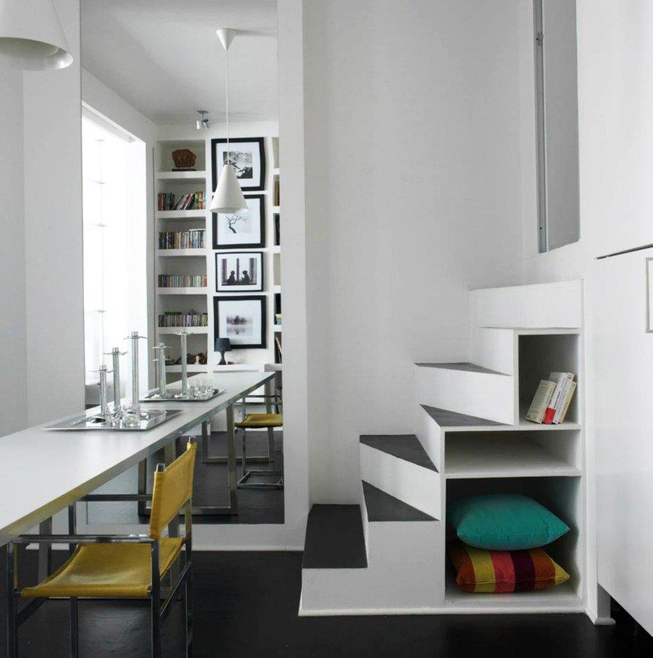 Фотография:  в стиле Современный, Квартира, Цвет в интерьере, Дома и квартиры, Белый – фото на INMYROOM
