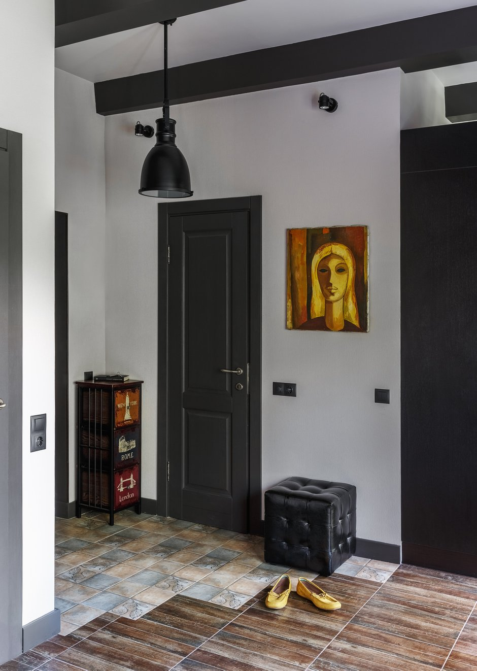Фотография: Прихожая в стиле Лофт, Малогабаритная квартира, Квартира, Студия, Проект недели, Москва, Марина Саркисян, Кирпичный дом, до 40 метров – фото на INMYROOM