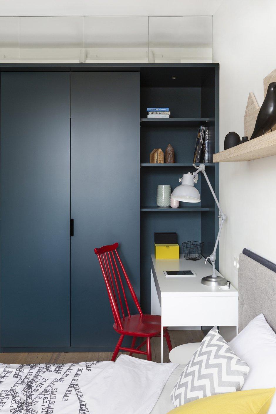 Фотография: Спальня в стиле Современный, Квартира, Проект недели, Москва, Монолитный дом, 4 и больше, Более 90 метров, Zeworkroomstudio – фото на INMYROOM