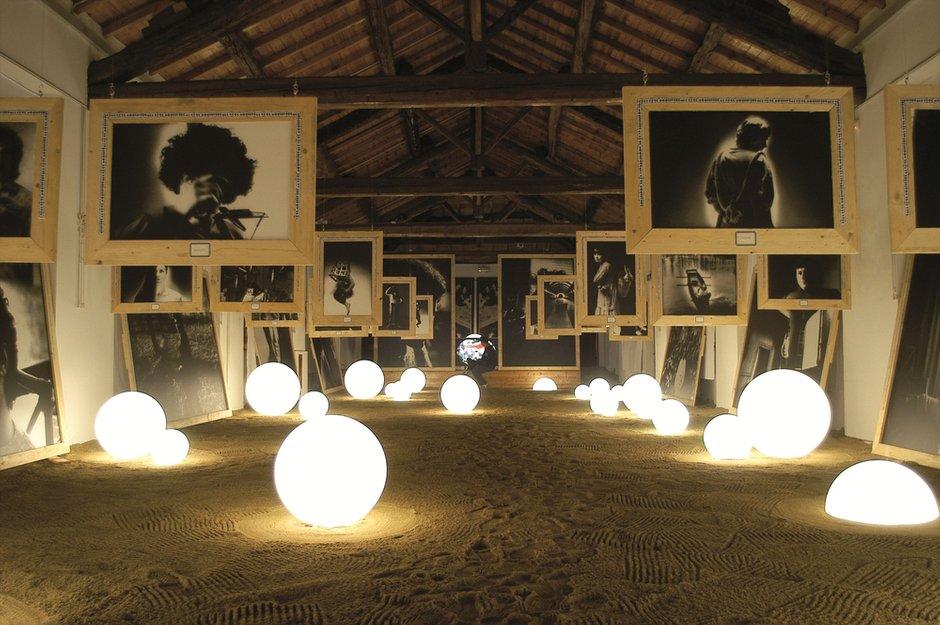 Фотография: Мебель и свет в стиле Современный, Декор интерьера, Светильники – фото на INMYROOM