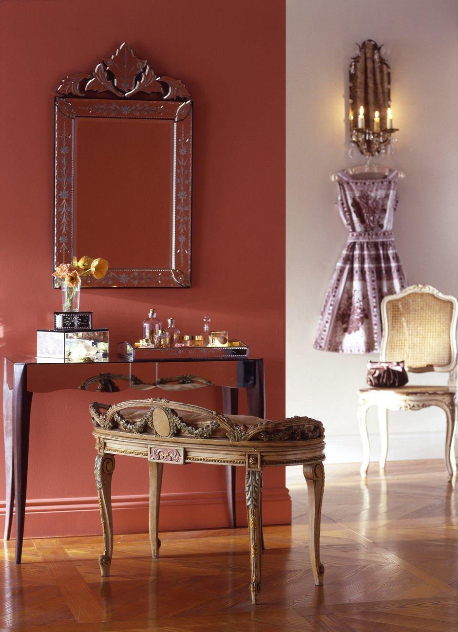 Фотография: Мебель и свет в стиле Прованс и Кантри, Декор интерьера, Дизайн интерьера, Цвет в интерьере, Красный – фото на INMYROOM