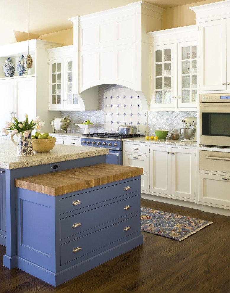 Фотография: Кухня и столовая в стиле Прованс и Кантри, Декор интерьера, Интерьер комнат, Проект недели – фото на INMYROOM