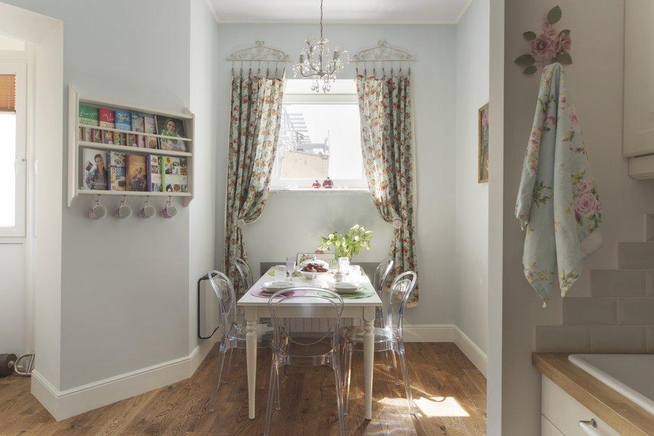Фотография: Кухня и столовая в стиле Прованс и Кантри, Квартира, Дома и квартиры – фото на INMYROOM